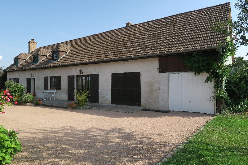 Annonce vente maison saint g rand le puy 03150 192 m for Annonce recherche maison a acheter